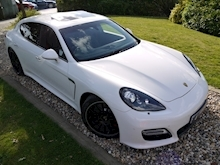 Porsche Panamera Turbo S PDK (1 Owner+Only 25,000 Miles+FPSH+SportsDesign Pack+Sunroof+Carbon Pack+132,000 New List) - Thumb 10