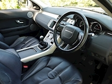 Land Rover Range Rover Evoque 2.2 TD4 Pure 6 Speed Manual (LEATHER+Cruise Control+PRIVACY+Meridan Surround Pack) - Thumb 16