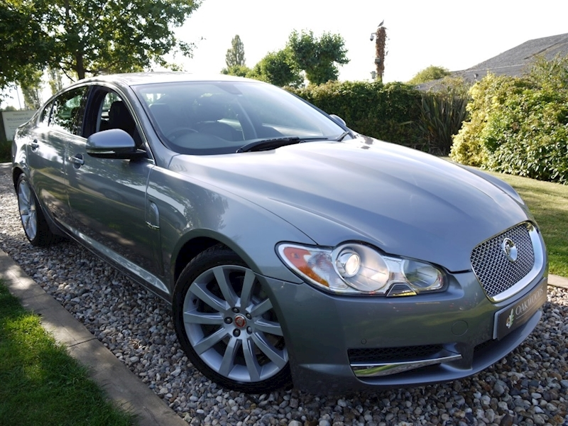 Jaguar Xf 3.0 V6 Premium Luxury (Bower & Wilkens+PARKING Park+REAR Camera+10 Services+19