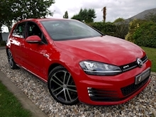 Volkswagen Golf GTD (Discover Sat Nav PRO+KEYLESS+Adaptive Cruise+POWER Mirrors+PRIVACY+Xenons+Winter Pk) - Thumb 0