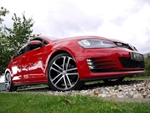 Volkswagen Golf GTD (Discover Sat Nav PRO+KEYLESS+Adaptive Cruise+POWER Mirrors+PRIVACY+Xenons+Winter Pk) - Thumb 18