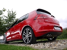 Volkswagen Golf GTD (Discover Sat Nav PRO+KEYLESS+Adaptive Cruise+POWER Mirrors+PRIVACY+Xenons+Winter Pk) - Thumb 22