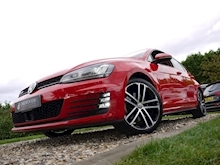 Volkswagen Golf GTD (Discover Sat Nav PRO+KEYLESS+Adaptive Cruise+POWER Mirrors+PRIVACY+Xenons+Winter Pk) - Thumb 24