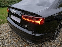 Audi A6 2.0 TDi Ultra S Line Black Edition (TECH Pack+HEATED Seats+KEYLESS+30 Tax+50MPG+ULEZ Friendly) - Thumb 29