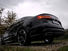 Audi A6 2.0 TDi Ultra S Line Black Edition (TECH Pack+HEATED Seats+KEYLESS+30 Tax+50MPG+ULEZ Friendly) - Thumb 19