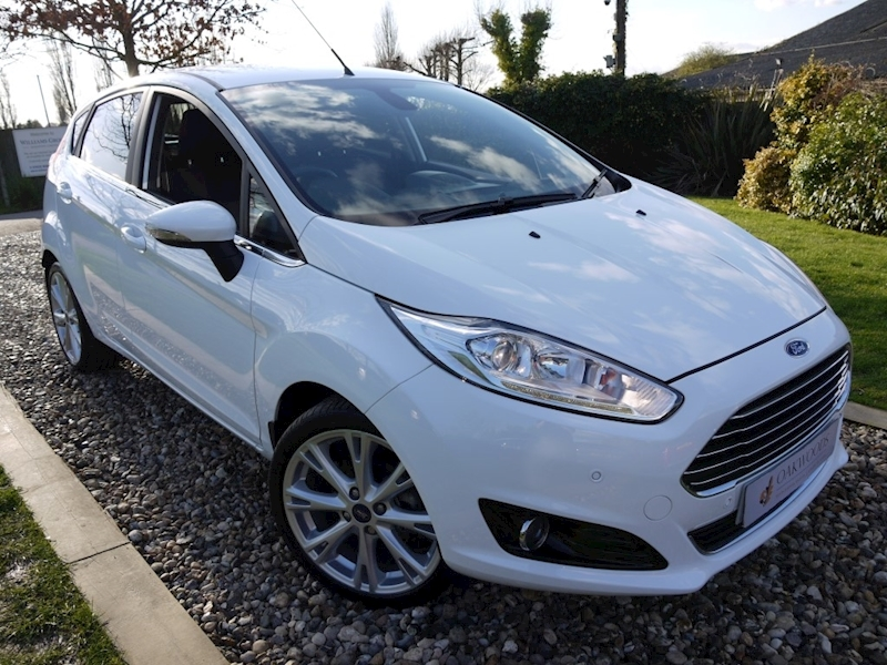 Ford Fiesta Titanium X TDCi (Sat Nav+LEATHER+Keyless+HEATED Seats+5 Ford Services+One Off Example)