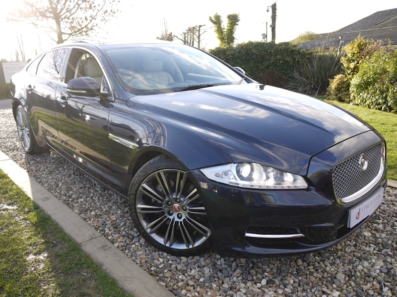 Jaguar Xj D V6 Premium Luxury LWB (Rear Blind Pack+Ivory Leather+PAN Roof+Shadow Chrom Alloys)