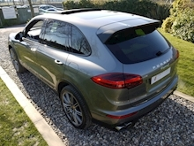 Porsche Cayenne S E-Hybrid Tiptronic (1 Director Owner+MEGA Spec+78,000 NEW List+Full Porsche History) - Thumb 48