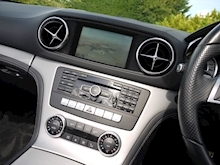 Mercedes-Benz SL Class AMG Sport (Panoramic Glass Roof+Air Scarf+AMG Sport Pack+Harmon Kardon+Full Mercedes History) - Thumb 13