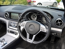 Mercedes-Benz SL Class AMG Sport (Panoramic Glass Roof+Air Scarf+AMG Sport Pack+Harmon Kardon+Full Mercedes History) - Thumb 21
