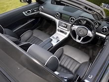 Mercedes-Benz SL Class AMG Sport (Panoramic Glass Roof+Air Scarf+AMG Sport Pack+Harmon Kardon+Full Mercedes History) - Thumb 47