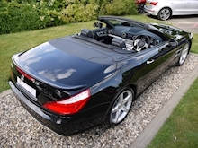 Mercedes-Benz SL Class AMG Sport (Panoramic Glass Roof+Air Scarf+AMG Sport Pack+Harmon Kardon+Full Mercedes History) - Thumb 46