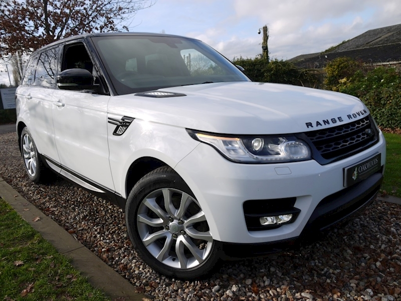 Land Rover Range Rover Sport HSE Dynamic (PANORAMIC Glass Roof+Full Landrover History+Black Pack+Piano Black Veneers+Privacy)