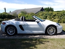 Porsche 718 Boxster 2.0T Convertible 2dr Petrol PDK (s/s) (300 ps) (1 Local Private Owner+PCM+Power Mirrors+PDC) - Thumb 2