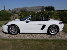 Porsche 718 Boxster 2.0T Convertible 2dr Petrol PDK (s/s) (300 ps) (1 Local Private Owner+PCM+Power Mirrors+PDC) - Thumb 23