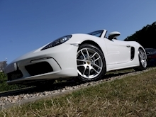 Porsche 718 Boxster 2.0T Convertible 2dr Petrol PDK (s/s) (300 ps) (1 Local Private Owner+PCM+Power Mirrors+PDC) - Thumb 6