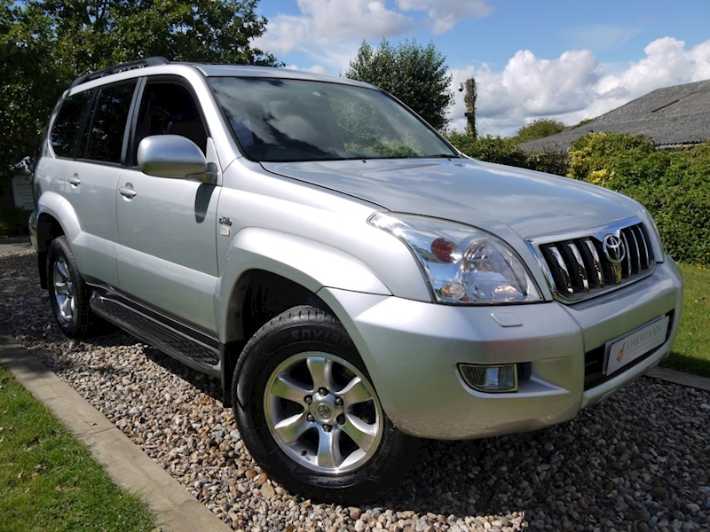Toyota Land Cruiser Invincible D-4D 8 Str (8 Seater+Just 2 Owners+Service History+RARE Low Mileage Example)