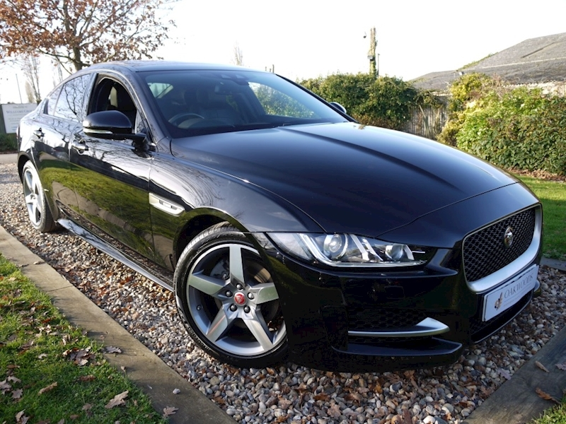 Jaguar XE 2.0d R-Sport 180 BHP (PANORAMIC Glass Roof+Heated Seats+Jaguar History)