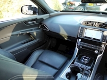 Jaguar XE 2.0d R-Sport 180 BHP (PANORAMIC Glass Roof+Heated Seats+Jaguar History) - Thumb 9