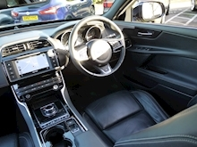 Jaguar XE 2.0d R-Sport 180 BHP (PANORAMIC Glass Roof+Heated Seats+Jaguar History) - Thumb 5