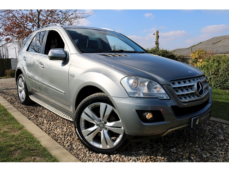 Mercedes-Benz M Class ML350 CDI BlueEFFICIENCY Sport (COMMAND Sat Nav+ParkTronic+ELECTRIC, HEATED Seats+Rear DVD+PRIVACY)