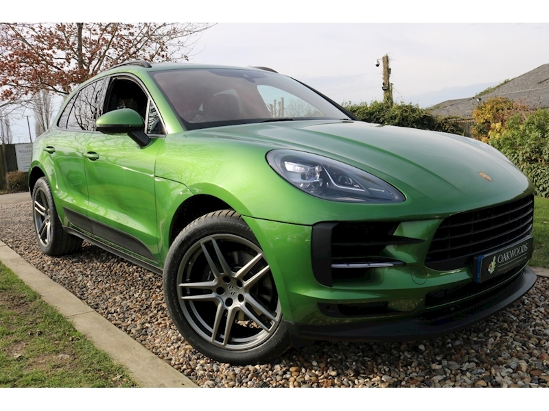 Porsche Macan 2.0T PDK (PAN Roof+18 Way Seats+BOSE+Sports Chrono+PASM+Rear CAMERA+MORE!!)