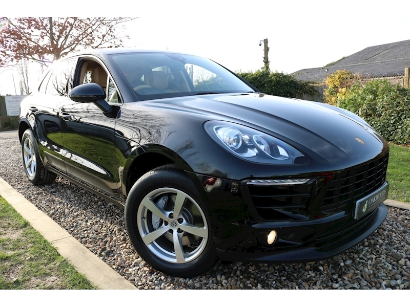 Porsche Macan T (ULEZ Free+14 Way Electric MEMORY Seats+PRIVACY+PCM+Power Mirrors & Tailgate)