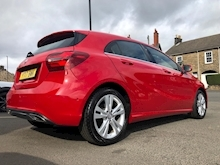 Mercedes-Benz A-Class A 200 D Sport Premium Plus - Thumb 5