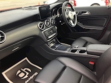 Mercedes-Benz A-Class A 200 D Sport Premium Plus - Thumb 6