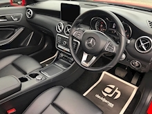 Mercedes-Benz A-Class A 200 D Sport Premium Plus - Thumb 29