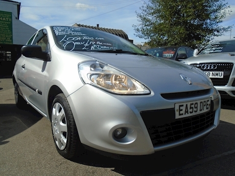 Renault Clio Extreme Hatchback 1.1 Manual Petrol