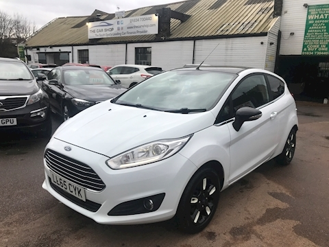 Ford Fiesta Fiesta Zetec White Edit A Hatchback 1.0 Manual Petrol