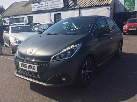 Peugeot 208 Xs Lime Hatchback 1.2 Manual Petrol