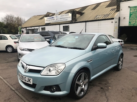 Vauxhall Tigra Exclusiv Convertible 1.4 Manual Petrol