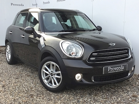 Mini Countryman Cooper D 1.6 - Pano Roof & Chili pack