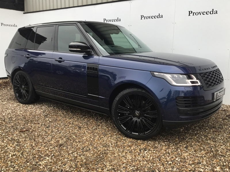 Range Rover Sdv8 Autobiography 4.4 Automatic - £13k of optional equipment..