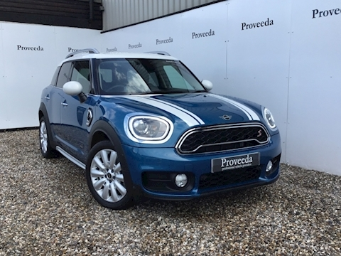 Mini Countryman Cooper Sd All4 Hatchback 2.0 Automatic Diesel - As new condition.