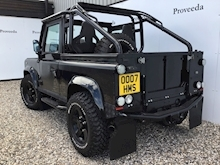 Land Rover - Thumb 40