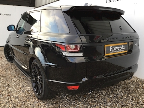 Big spec Range Rover Sport HSE Dynamic with rear screens & lots more