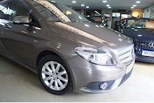 Mercedes-Benz B-Class B180 Cdi Blueefficiency Se - Thumb 3