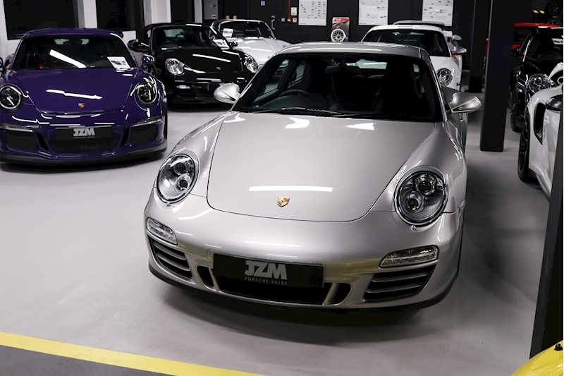 Porsche 911 Carrera Gts - Large 7