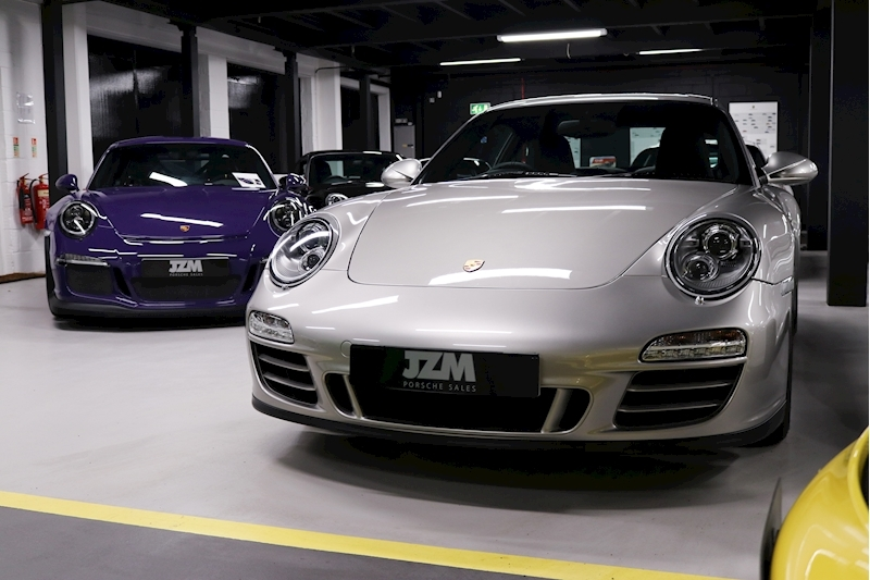 Porsche 911 Carrera Gts - Large 8