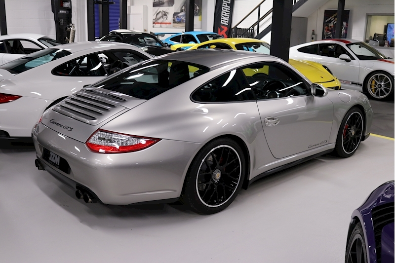 Porsche 911 Carrera Gts - Large 10