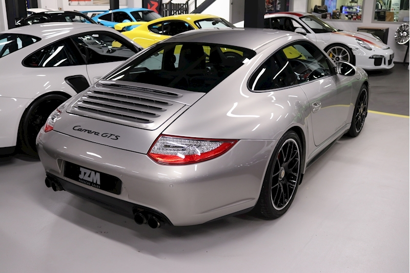 Porsche 911 Carrera Gts - Large 12