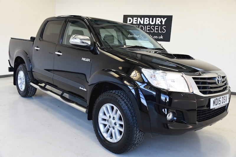 Toyota 3.0 D-4D Invincible Double Cab Pickup 4dr Diesel Manual (171 bhp)