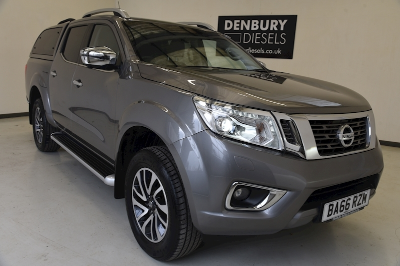Nissan 2.3 dCi Tekna Double Cab Pickup 4dr Diesel Manual 4WD (s/s) (190 ps)