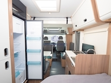 Adria Sun Living by Adria S 70 DF (French Bed Layout) - Thumb 11