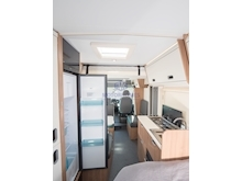 Adria Sun Living by Adria S 70 DF (French Bed Layout) - Thumb 12