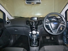 Ford Fiesta Zetec Automatic (Only 5,000 Miles) - Thumb 10