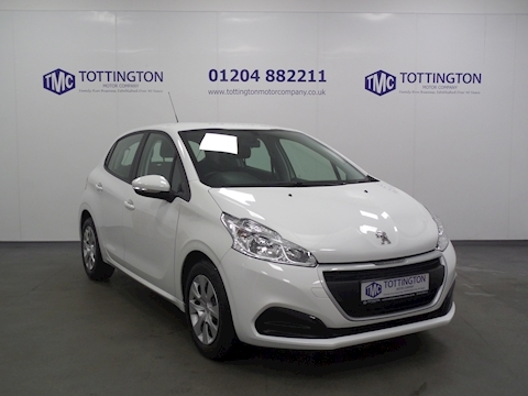 Peugeot 208 Access A/C (Only 2,000 Miles)